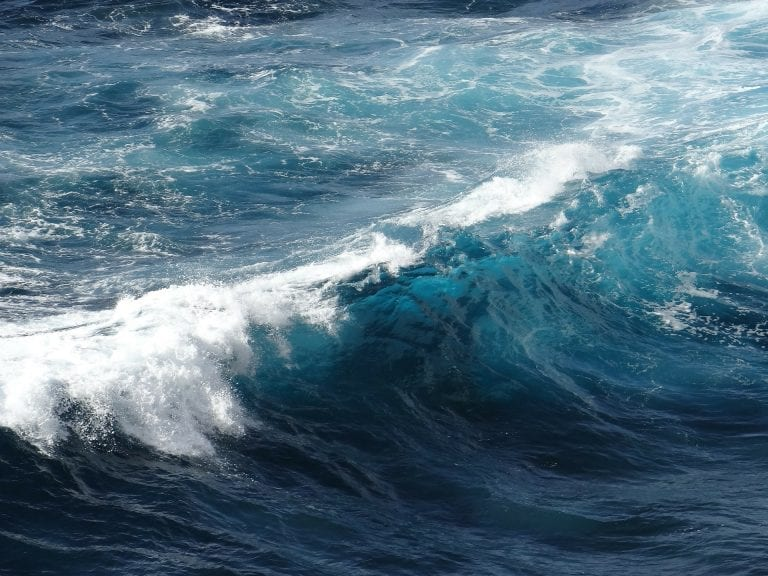 vague ocean